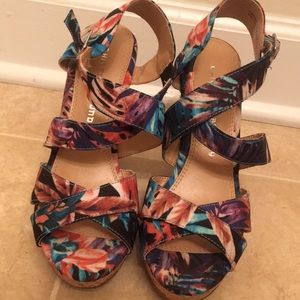 Floral Wedge Heels Made By Chinese Laundry Sz.7.5